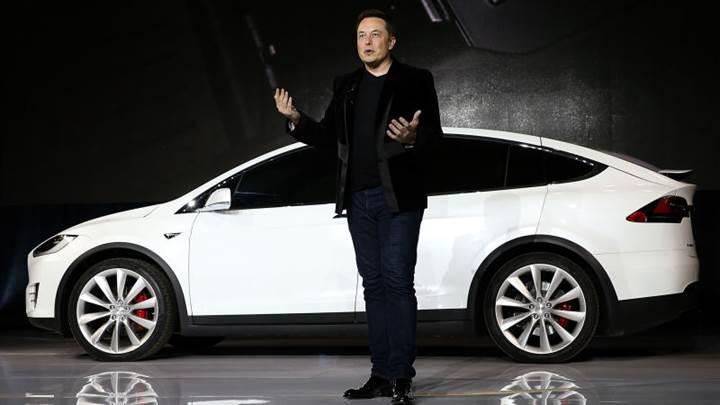 Tesla'dan ilginç teklif: Tünel kazma makinesi kullanma imkanı