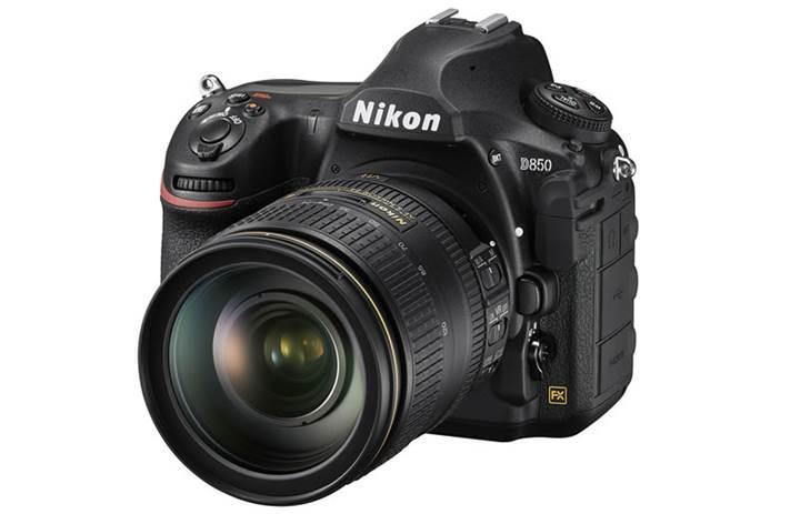 Nikon D850 sahneye çıktı: 45.7 megapiksel sensör ve 4K video desteği