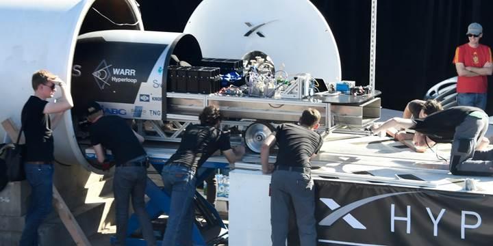 SpaceX'in Hyperloop Kapsül Yarışması'nda rekor hıza ulaşıldı