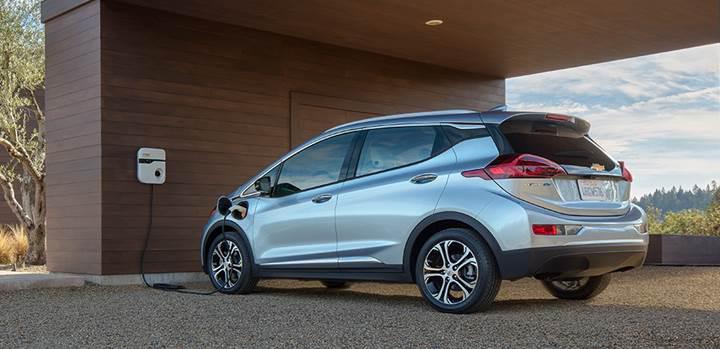Bazı ilk üretim Chevrolet Bolt'larda pil sorunu yaşanıyor
