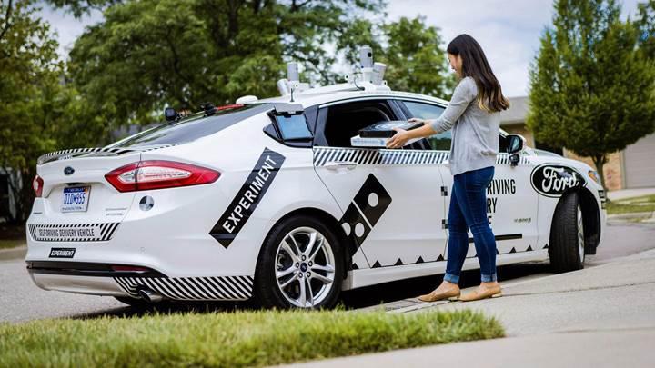 Domino's Pizza, siparişleri otonom otomobil ile teslim edecek