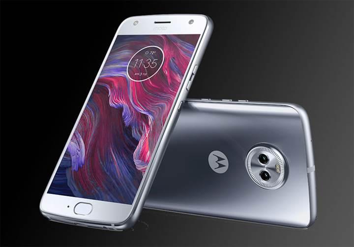 Çift kameralı Moto X4 resmiyet kazandı