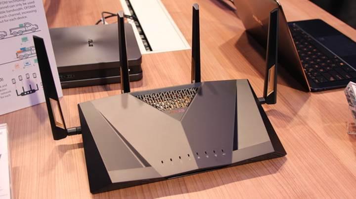 Asus'tan oyuncular için yeni amiral gemisi router