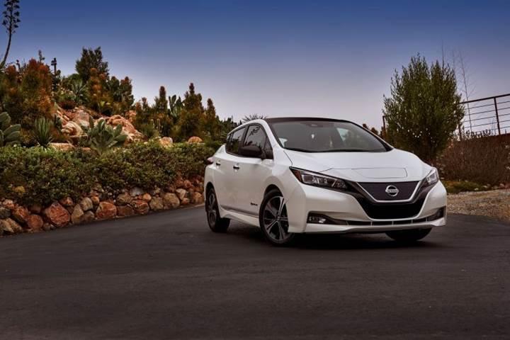 Büyük bataryalı Nissan Leaf, 360 km'den fazla menzile sahip olacak