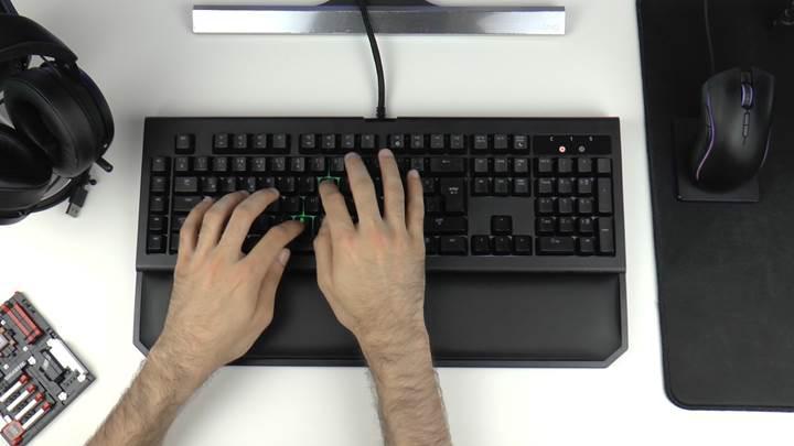 Razer'ın en iyi klavyesi testte