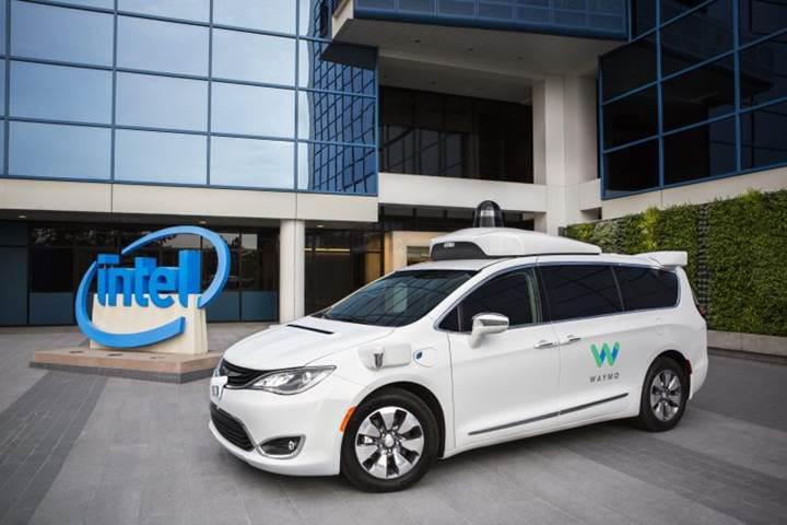 Intel, Google ile birlikte otonom araç geliştirecek