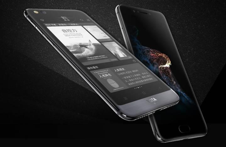 Çift ekranlı YotaPhone 3 resmen tanıtıldı