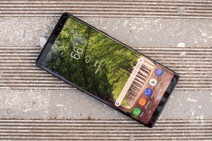 Çerçevesiz ekran tasarımları maliyetleri arttırıyor