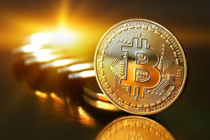 Bitcoin'den yeni rekor: 5000$'ı aştı