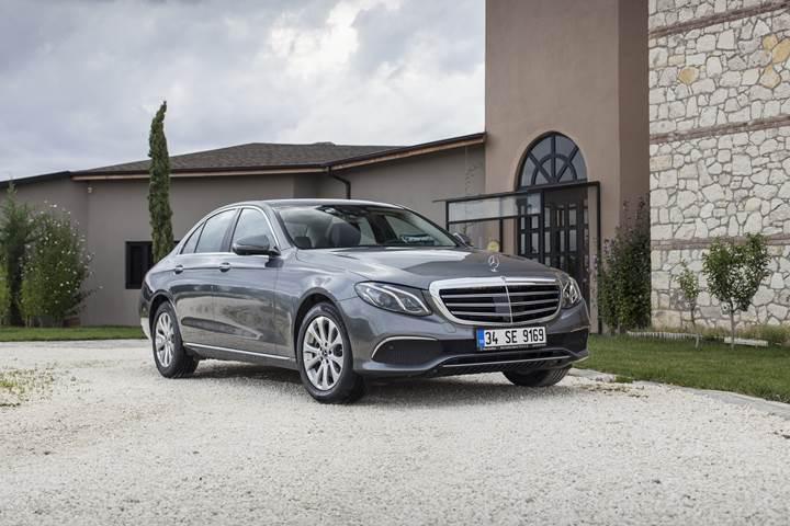 Mercedes E serisi, elektrikli araçlar ve Mercedes'in Türkiye yatırımlarını konuştuk