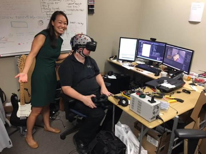 VR teknolojisi inme sonrasında kişilere yardımcı olabilir