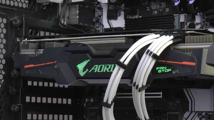 Aorus RX580 XTR 8G incelemesi