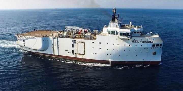 Yerli sismik araştırma gemisi ve denizaltı kurtarma gemileri