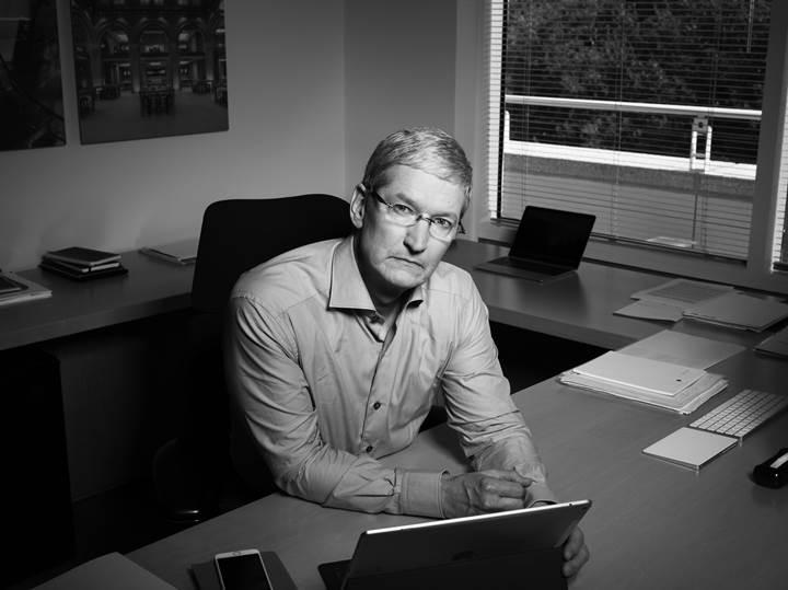 Apple CEO'su Tim Cook görevini bırakmaya mı hazırlanıyor?