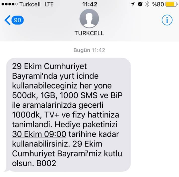 Turkcell'den 29 Ekim mesajı: Telefon görüşmeleri öncesinde Atatürk'ün sesi dinletiliyor!