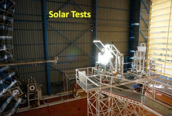 Bu cihaz astronotların kendi sularını ve oksijenlerini üretmelerini sağlıyor