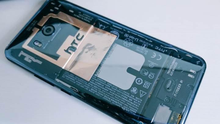 HTC U11 Plus şeffaf renk seçeneğiyle gelebilir