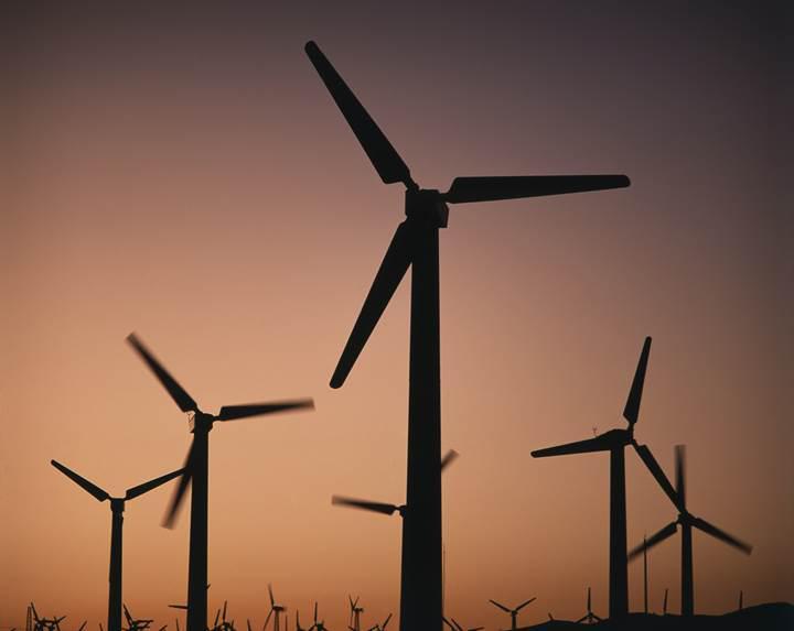 Rüzgar enerjisi Avrupa'da rekor kırdı