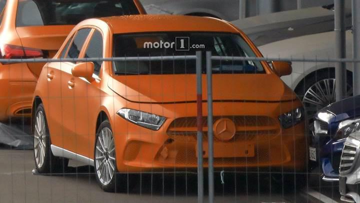 2018 Mercedes A-Serisi kamuflajsız olarak görüntülendi