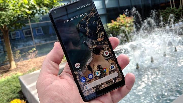 Pixel 2 XL'lerden bazıları müşterilere Android yüklü olmadan gönderilmiş