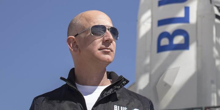 Amazon'un patronu Jeff Bezos, 1.1 milyar dolarlık hisse sattı