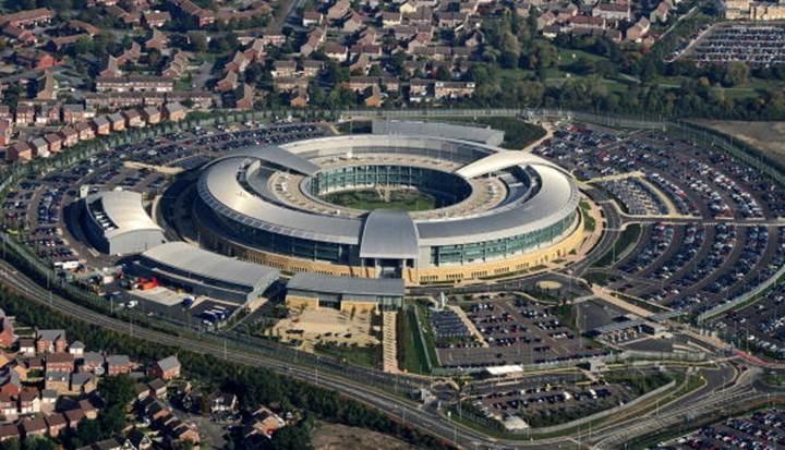 İngiliz istihbarat servisleri usulsüz izleme iddialarıyla hakim karşısında