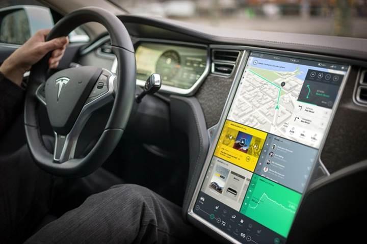 Tesla, kullanıcı arayüzü operasyonlarının başına Microsoft'tan bir mühendis getirdi