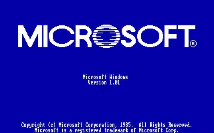 Bill Gates dünyaya damga vuran Windows'u tam 34 yıl önce tanıttı