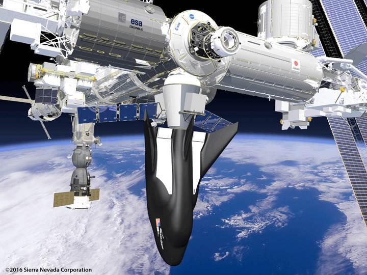 Türk girişimcilerin uzay aracı Dream Chaser ilk uçuş testini tamamladı