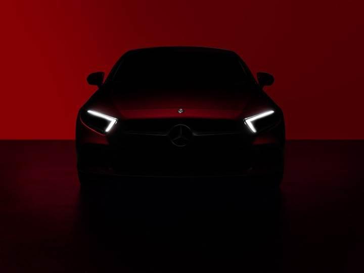 2018 Mercedes-Benz CLS'nin teaser görüntüleri gelmeye devam ediyor