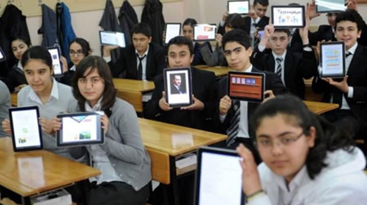 FATİH projesi kapsamında dağıtılan tabletlerin yerini dizüstü bilgisayarlar alıyor!