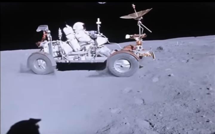 Ay'da araba sürmek nasıl bir şey? İşte Apollo astronotlarının Ay'da sürüş keyfi