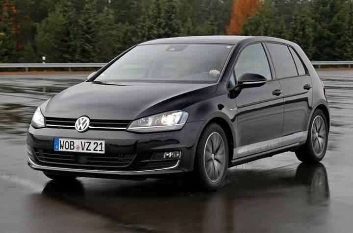 Volkswagen 2 adet yarı hibrid Golf versiyonu geliştiriyor