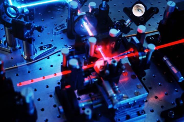 Veri aktarımı ve sesli görüşmeler için kırılamayan 'kuantum şifreleme' dönemi başlıyor