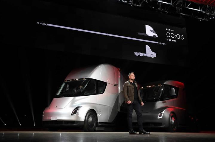 Tesla Semi şarj olurken 4000 evin ihtiyacı kadar enerji çekecek
