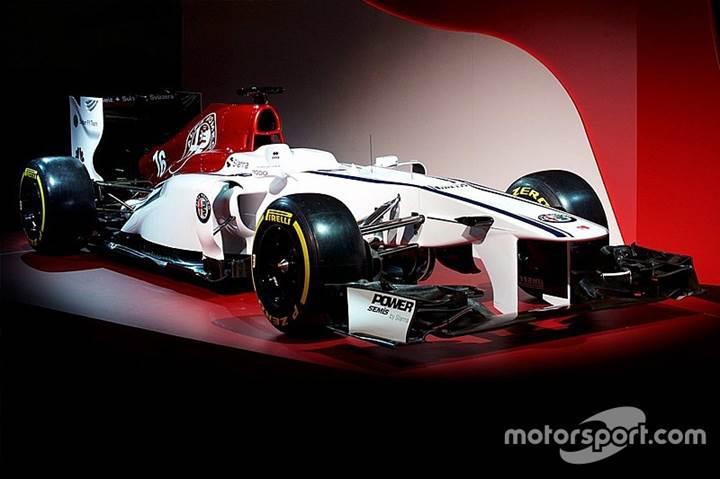 Alfa Romeo Sauber takımının 2018 Formula 1 konsept aracı sergilendi