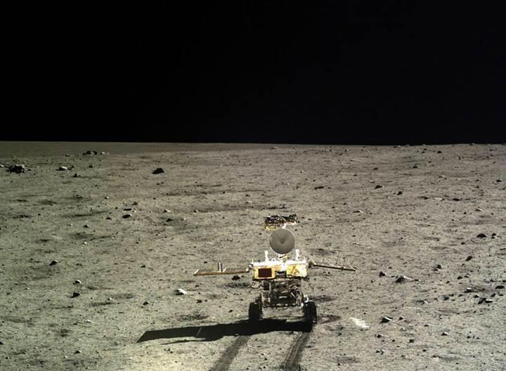 Uzayın yeni yıldızı Hindistan, önümüzdeki yıl Ay'a iniş yapmaya hazırlanıyor