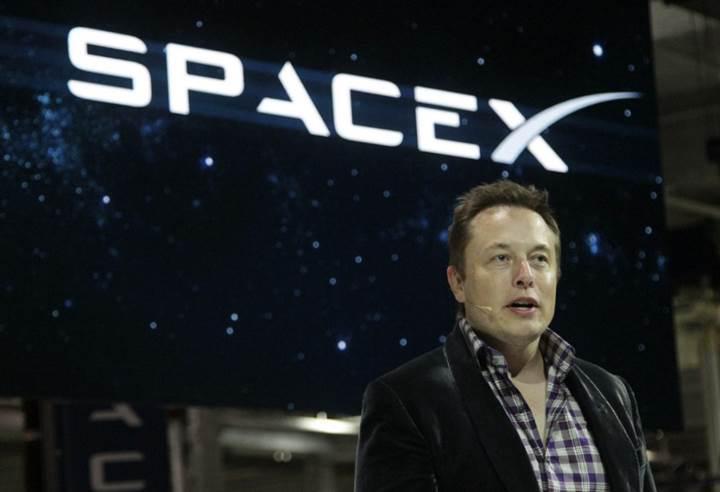 Tesla ile SpaceX'in birleşebileceği iddia ediliyor