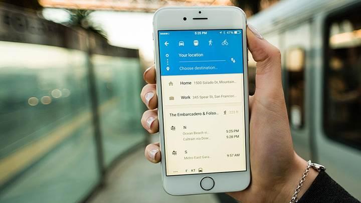 Google Haritalar toplu taşımadan ne zaman ineceğinizi haber verecek