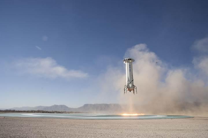 Blue Origin'in roket denemesinden muhteşem görüntüler 'Uzay turizmine doğru'