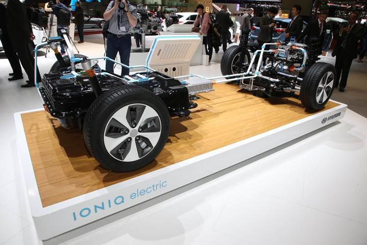 Elektrikli araçlara artan ilgi, pil fiyatlarının düşmesini engelleyecek