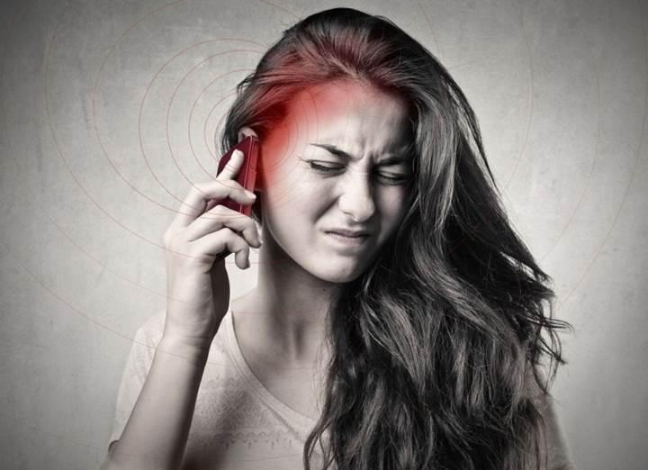 Cep telefonlarının sağlığa zararı ile ilgili yeni endişe verici bildiri