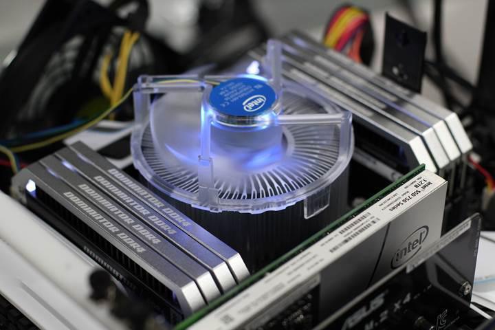 DRAM pazarındaki stok sıkıntısı üreticilere yaradı: Rekor gelir bekleniyor!