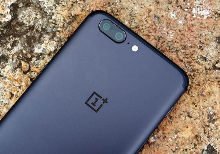 OnePlus 6, ekrana gömülü parmak izi tarayıcısıyla birlikte Mart ayında geliyor