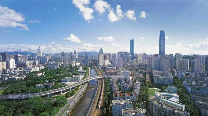 Shenzhen şehrinde toplu taşımada devrim