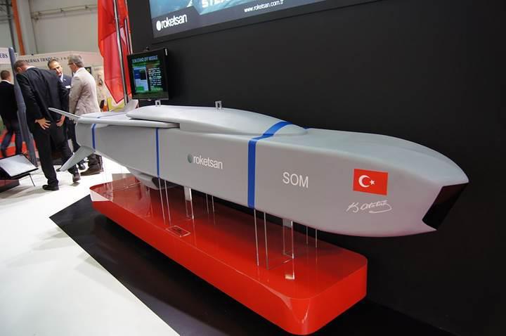 Yerli seyir füzesi SOM-B1'in en büyük teslimatı yapıldı