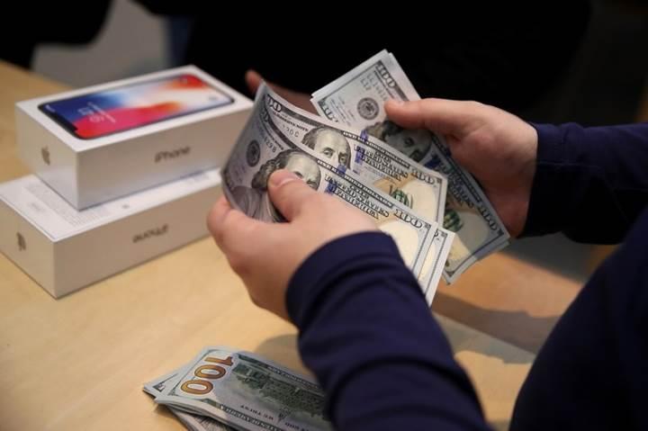 Apple'ın indirimli pil değişim programı şirketi 10 milyar dolardan edebilir