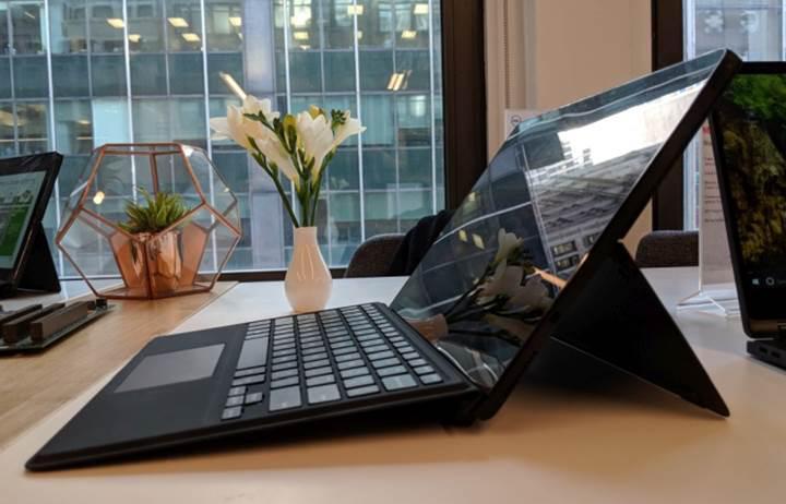 Dell'den dünyanın en güvenilir melez Latitude dizüstü modelleri