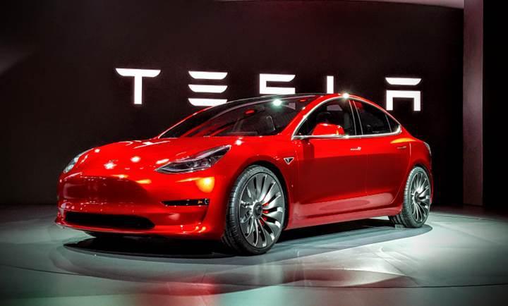 Tesla Model 3'ün çift motor tasarımı sızdırıldı