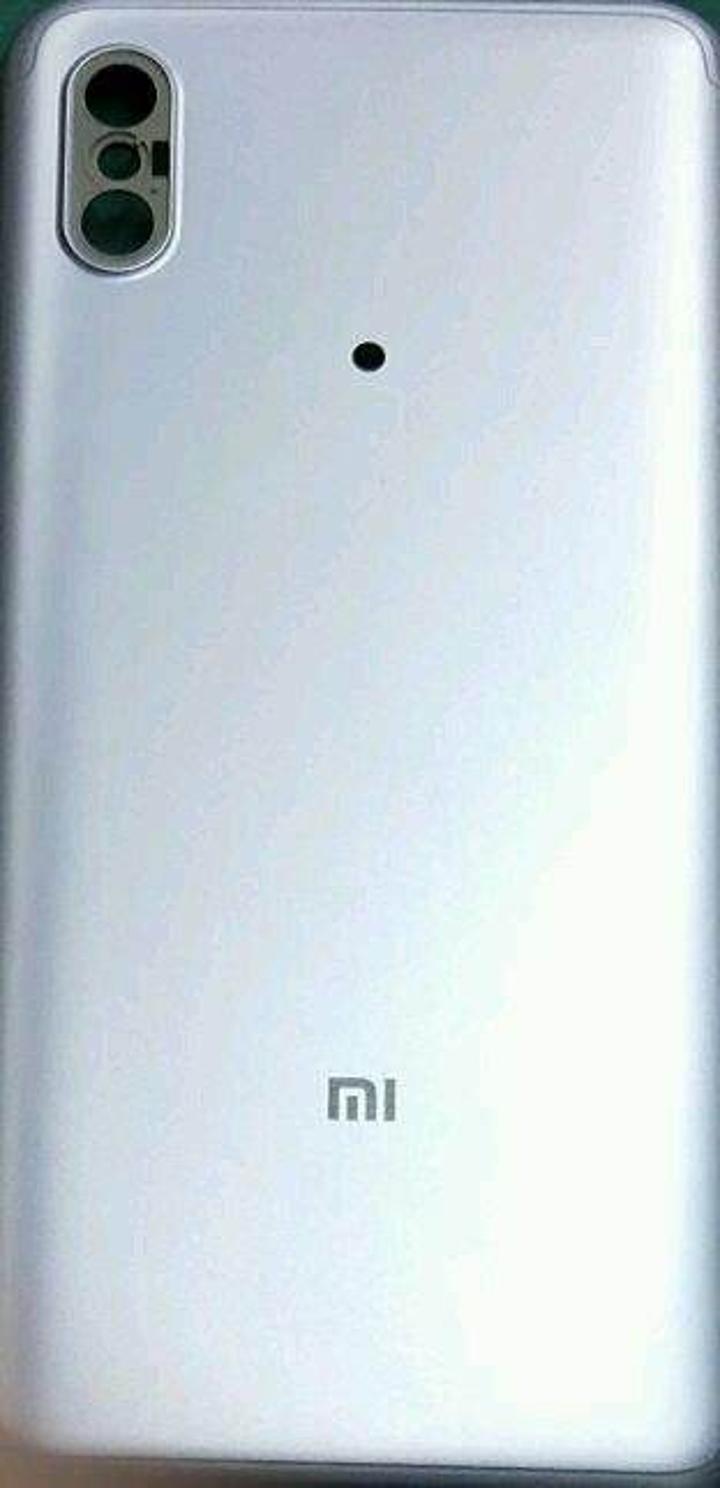 Xiaomi Mi 6X arka paneli sızdırıldı